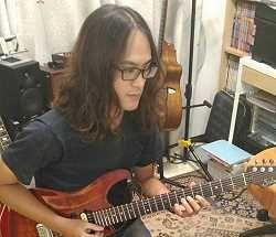 高雄學電吉他 / 電吉他教學 / 電吉他老師 推薦